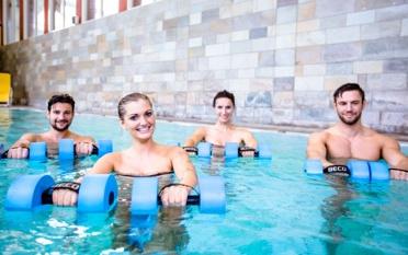 Aqua-Fitness im Sportbecken